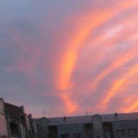 пламя в небе :: Наталья Павлюченко