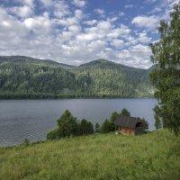 Домик у озера :: Жанна Мальцева