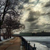 Тучи над Невой :: Владимир Макаров