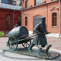 Памятник водовозу :: Нина Макеева