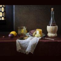 Натюрморт с сыром качотта :: Татьяна Карачкова