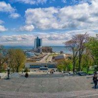 Взгляд с Потемкинской лестницы. :: Вахтанг Хантадзе