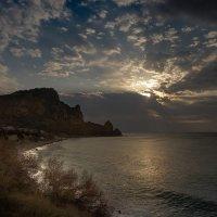 Восход не далеко от Севастополя :: Елена Маковоз