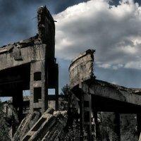 Есть и такие места в Донецке :: Сергей