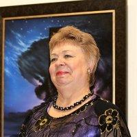 Портрет на фоне картины :: Николай Масляев