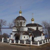 Храм в честь святых равноапостольных Константина и Елены. :: * vivat.b *