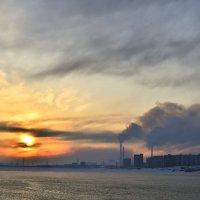 Промышленный закат... :: Витас Бенета