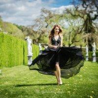 Lady in blossom :: Alena Kramarenko