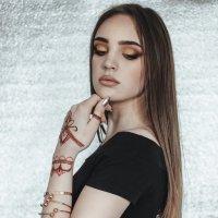 Прекрасная Полина :: Лидия Марынченко