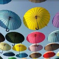 парящие зонтики :: валентин яблонский