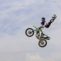 В прыжке :: Александр