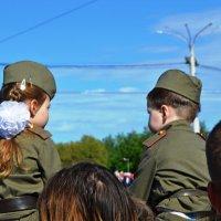Праздник Победы в Витебске :: Vladimir Semenchukov