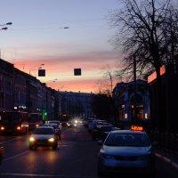 Вечерняя городская дорога :: Ольга Васильева