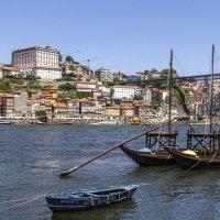 Лодки с портвейном на реке Доуру... :: Cергей Павлович