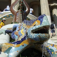 Барселона, Дракон в парке Гуэль :: Lüdmila Bosova (infra-sound)