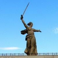 РОДИНА - МАТЬ ЗОВЕТ :: Анатолий Восточный