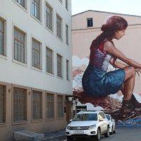 Граффити австралийца Fintan Magee, Кисельный переулок :: ZNatasha -