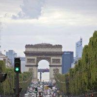 Путь к Триумфальной арке открыт :: Александр Рябчиков