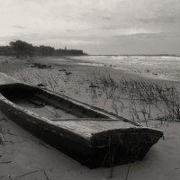 пейзаж с лодкой :: Наталья Ар.
