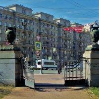 Ворота в город... :: Sergey Gordoff