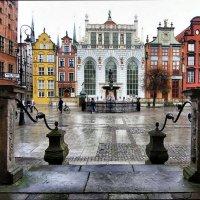 Центральная площадь старого города :: Lusi Almaz
