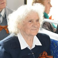 Бабушка-одуванчик :: Людмила Маврина
