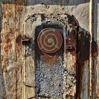 Дверь в параллельный мир. :: Ирина Лесиканич