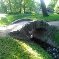 Стариннный мостик в Александровском саду. Май 2018 год. :: Светлана Калмыкова