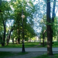 В парке. (Около Петропавловской крепости). :: Светлана Калмыкова