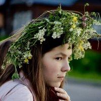 В венке из полевых трав. :: Тамара