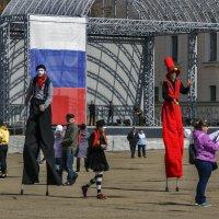 В праздник на площади :: gribushko грибушко Николай