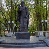 Памятник Трифону Вятскому (Киров - Кировская обл.) :: Rigelll80