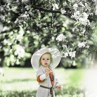 В саду :: Татьяна Скородумова