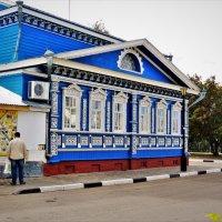 В кружевах и росписи дома... :: Вячеслав Маслов