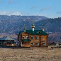 Церковь из дерева :: Анатолий Иргл