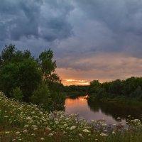 Вечер на реке :: Александр С.