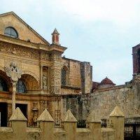 Кафедральным собором Санта-Мария-ла-Менор XVI век :: ИРЭН@ Комарова