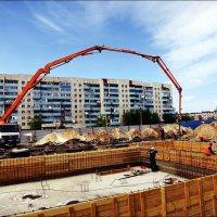 Непрерывное бетонирование... :: Виктор Катин