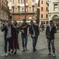 Venezia. Il primo giorno di vacanza a studenti. :: Игорь Олегович Кравченко