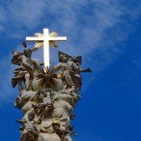 Часть колонны Святой Троицы. :: Ольга