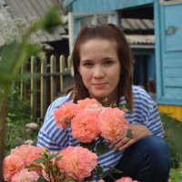 Все девушки любят цветы :: Елизавета Клименко