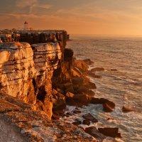 у берегов Португалии :: михаил