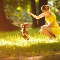 Девушка с собачкой ) :: Николай Ефимов