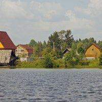 Деревня на берегу. :: Юрий Шувалов