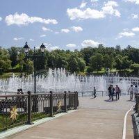 Путь к фонтану :: Владимир Белов