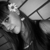 Единственный человек, лучше которого вы должны стараться быть, это человек, которым вы были вчера. :: Светлана Филиппова