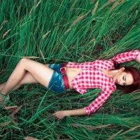 В траве :: Алексей Гагарин