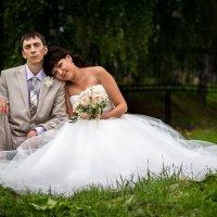 на траве :: Sergey Serov