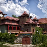 Храм Белый лотос :: Сергей Забияка