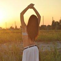 Танец на закате :: Наташа Лубина